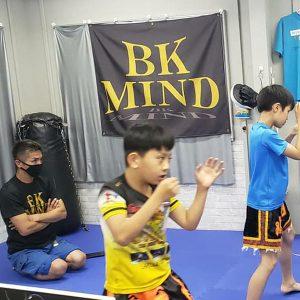 元日本チャンピオンにボクシングを習いました。